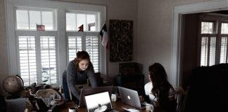 Praca handlowców w firmie – jak ją uprościć?