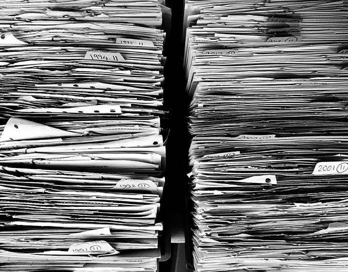 Jak długo przedsiębiorca powinien przechowywać faktury?